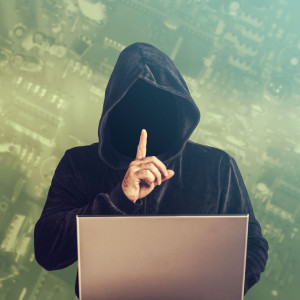 50011378 - hacker at work.